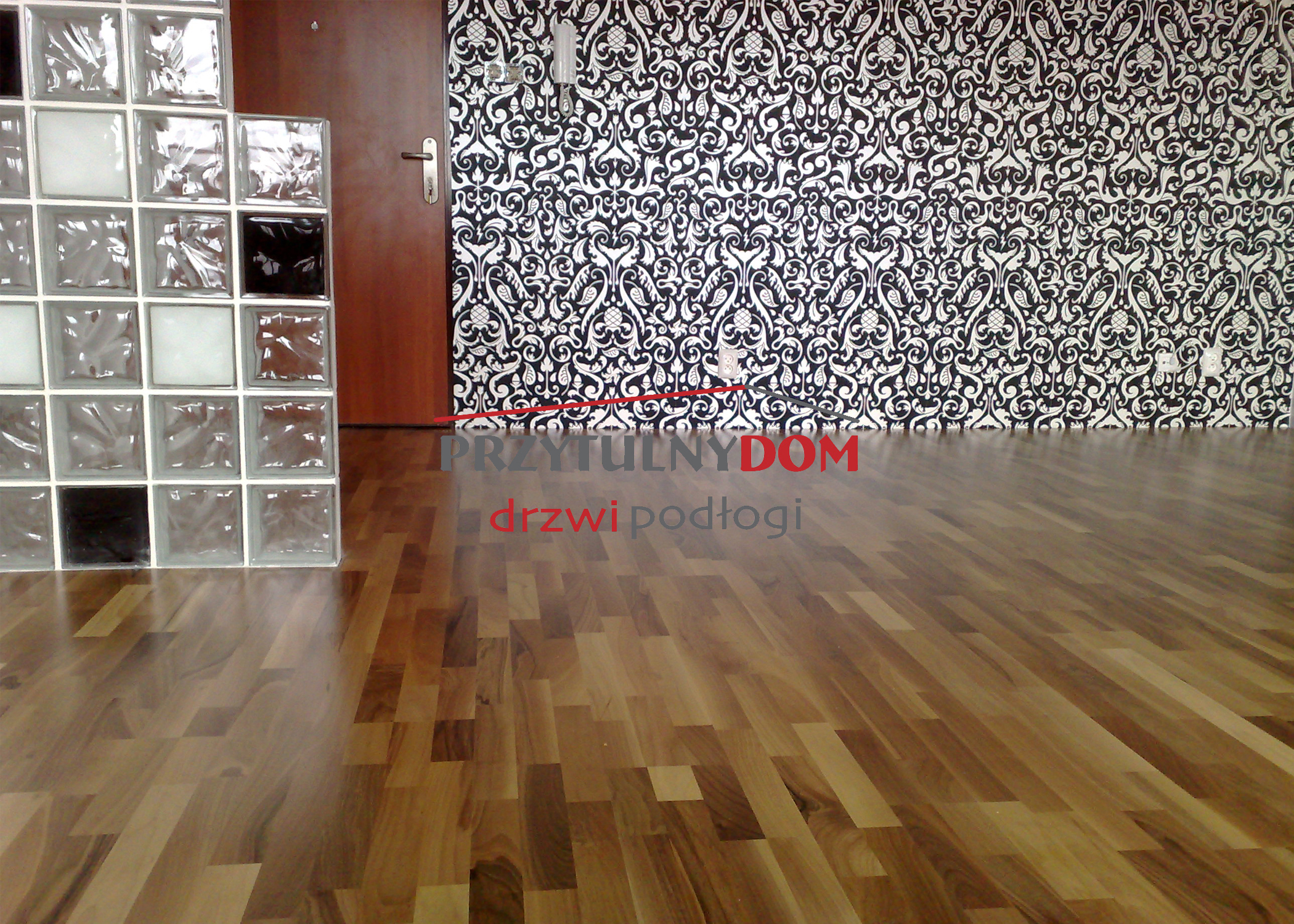 baltic wood orzech europejski 3R lakier półmat
